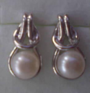 Freshwater pearl earring 925 sterling silver
