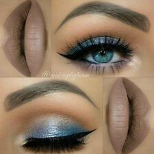 Magic Blue Eyeshadow Pigment - Star Cosmetics