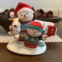 Hallmark Cozy Christmas Selfie Snowman 2020 Singing with Light and Motion - NEW