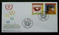 United Nation International Year Of Volunteers 2001 (stamp FDC)