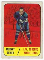 Murray Oliver Topps #82 1967-68  Toronto Maple Leafs