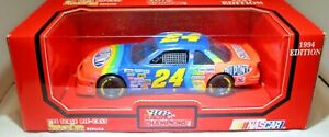 Racing Champions 1:24 1994 Diecast Car #24 Jeff Gordon Dupont Chevrolet