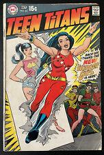 New listing Teen Titans #23 New Wonder Girl Costume Dc Comics 1969 Lower Grade