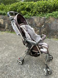 Combi Miracle Turn super lightweight stroller