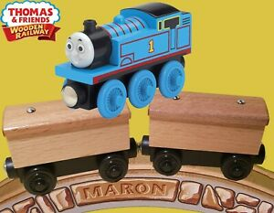 THOMAS & FRIENDS WOODEN RAILWAY ~THOMAS AND TWO BOX CARS ~CREATE YOUR OWN CARS