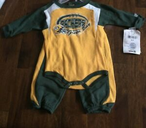 NFL GREEN BAY PACKERS BOYS GOLD AND GREEN 2 PCS SWEATSUITSET SIZE 3/6 MONTHS NWT