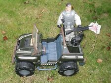 225) ACTION MAN AND 1997 HASBRO INTERNATIONAL ARMY JEEP