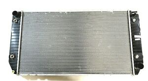 New Radiator 432626 For 1998-99 Chevy P30 & GMC P3500