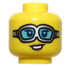 LEGO NEW WILDLIFE PHOTOGRAPHER MINIFGURE HEAD GIRL FEMALE TOWN FIGURE ARCTIC