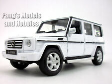 Mercedes G-Class / G-500 Scale 1/24 Diecast Metal Model by Welly - WHITE