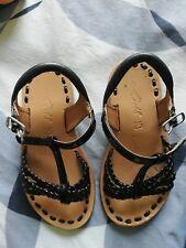 Chaussures enfant filles nu pied cuir verni noir taille 25 marque Mod 8