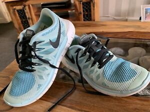 Ladies NIKE Free 5.0 Running Trainers Size 4.5. Lightweight. Great Quality Fit.