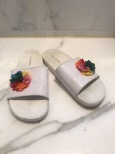 Hanna Andersson Girls Size 5Y (37 EUR) rainbow Slides Sandals Flip Flops Shoes