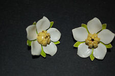 Sarah Coventry Polynesian Flower Clip On Earrings White/Yellow/Green Enamel