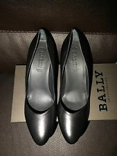 New $525 Bally Simple Black Leather Classic Almond Toe Heels Shoe 40 9 9.5 Pumps