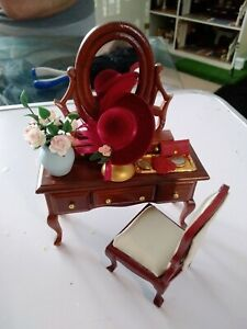 Dolls house dressing table 1/12 in scale