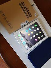 apple ipad 32 gb + cellulare bianco con accessori 4a generazione