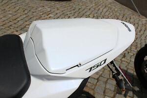 Sitzabdeckung Höcker Suzuki GSR750 11-16 unlackiert Seat Cover Solo unvarnished