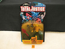 TOTAL JUSTICE AQUA MAN AQUAMAN WITH BLASTING HYDRO SPEAR Action Figure NEW 1996