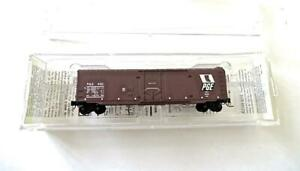 Z Scale Micro-Trains Pacific Great Eastern 50' Plug Door Boxcar New Old Stock