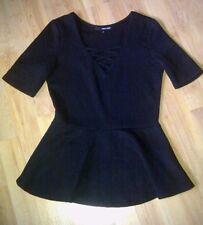 Shirt Schwarz in M von Tally Weijl, ausgestellt, Zierbänder im Ausschnitt