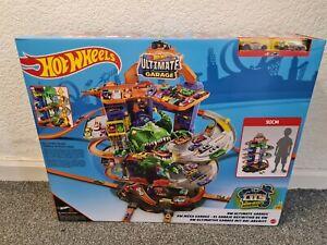 Hot Wheels City Ultimate Garage Chomping T-Rex GJL14