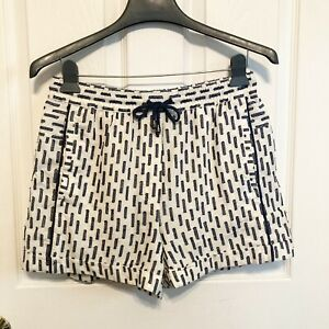 Anthropologie White High Rise Embroidered Shorts Size Extra Small