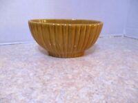 Vintage Haeger Pottery Dark Mustard Speckled Ribbed Planter 4020 USA EUC