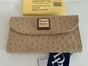 NWT DOONEY & BOURKE OSTRICH LEATHER CREDIT CARD WALLET SNAP CLOSURE SAND