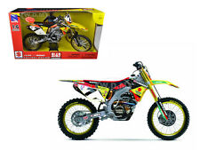 SUZUKI RM-Z450 JAMES STEWART #7 1/6 MOTORCYCLE DIRT BIKE BY NEW RAY 49483
