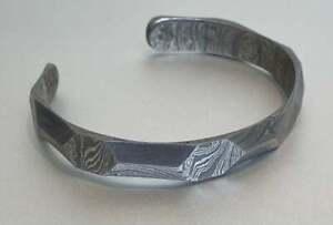 Hand forged Damascus bangle steel 10mm wide - hand polished / finished - medium