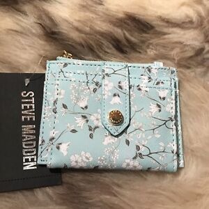NWT Steve Madden Bhayden Card Case Wallet - Pretty Floral On Mint Green Print