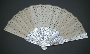 ANTIQUE VICTORIAN FRECH CARVED MOTHER OF PEARL SEQUINGS EMBROIDERED SILK FAN