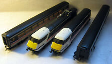 A HORNBY INTERCITY 225 SWALLOW 4 CAR SET. SUPER COND. LOOKSEE......