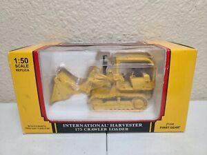 International IH 175 Crawler Loader - Yellow First Gear 1:50 Scale #50-3058 New!