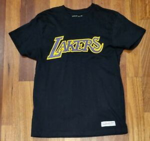 """Mitchell & Ness """"Lakers"""" T-shirt (Traditional Fit) Size Small"""