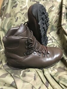 Genuine British Issue Brown Iturri Patrol Boots!worn a handful of times!Size 7 M