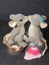 Charming Tails CANDY KISSES 84/108 Mice Kissing w/ Chocolate Covered Cherries