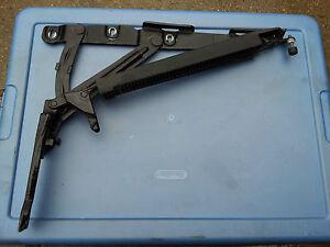 MERCEDES-BENZ W220 S430 S500 LEFT REAR TRUNK HINGE 2207500187