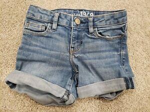 BABY GAP Basic Solid White Denim Bermuda Jean Shorts NWT 5 Girls