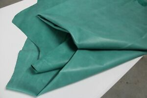 TURQUOISE DISTRESSED COWHIDE LEATHER / 45 sqft avarage / 3 oz (1.0 - 1.2 mm)