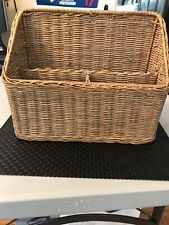 WICKER MAIL HOLDER ORGANIZER