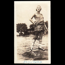 """STUNNING BEAUTY """"OH YOU VAMP"""" BUSTY WOMAN on WET ROCKS ~ 1910s VINTAGE PHOTO"""