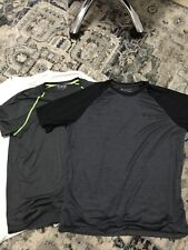 Men's Set Of 3 Under Armour Short Sleeve Shirts Size Large Black Gray