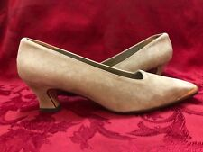 Anne Klein Women Dress Shoes Leather Suede Tan Beige 8 M 2 in heel Pumps New