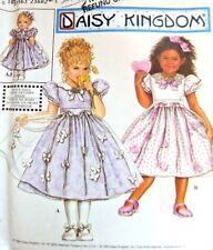"DAISY KINGDOM Pattern 9039 OOP Toddler Dress Apron 18"" Doll Dress 1/2 1 2 UNCUT"