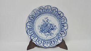 TALAVERA Plato decorativo en ceramica esmaltada Talavera, pintado a mano. 23 cm