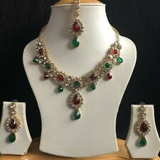 RED GREEN GOLD INDIAN KUNDAN JEWELLERY NECKLACE EARRINGS CRYSTAL SET NEW 285