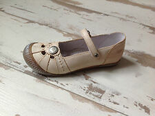 P35 - Chaussures - Sandales fille TTY - NEUFS - Modèle Egery (84.00 €)