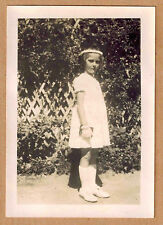 Photo 9 x 6 vintage snapshot fillette gants communion 1941 jp05